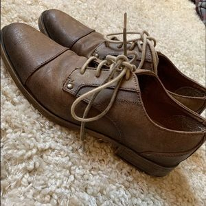 🛍4x$25 Brown Vintage Oxfords